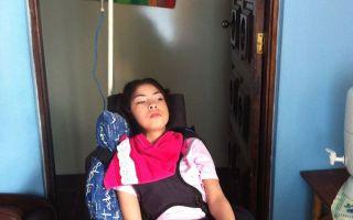 Imagem de Essa mocinha precisa da sua ajuda!